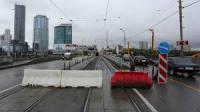 В Екатеринбурге Макаровский мост для проезда автомобилей и трамваев закрыт до 30 августа